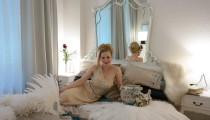 Zu Besuch bei Deutschlands Burlesque-Queen