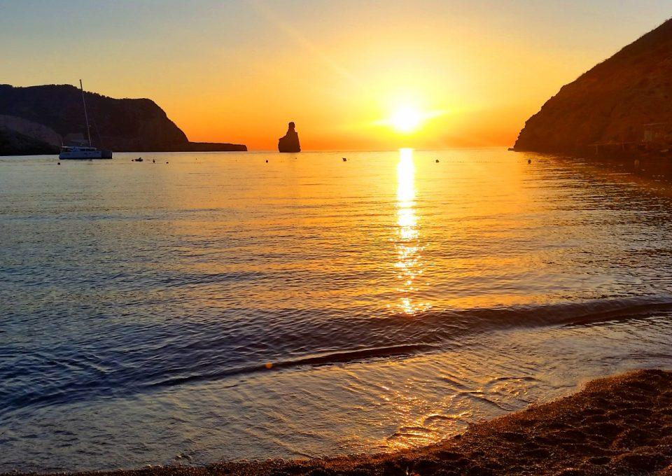Ibiza-Love: Restaurant Elements am Strand von Benirras