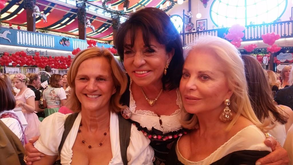 My_Stylery_Damenwiesn2015_Regine_Sixt_Oktoberfest2015 (15)