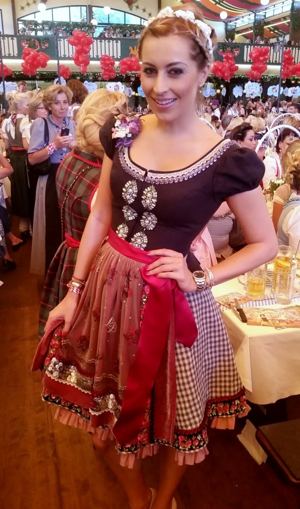 My_Stylery_Damenwiesn2015_Regine_Sixt_Oktoberfest2015 (22)