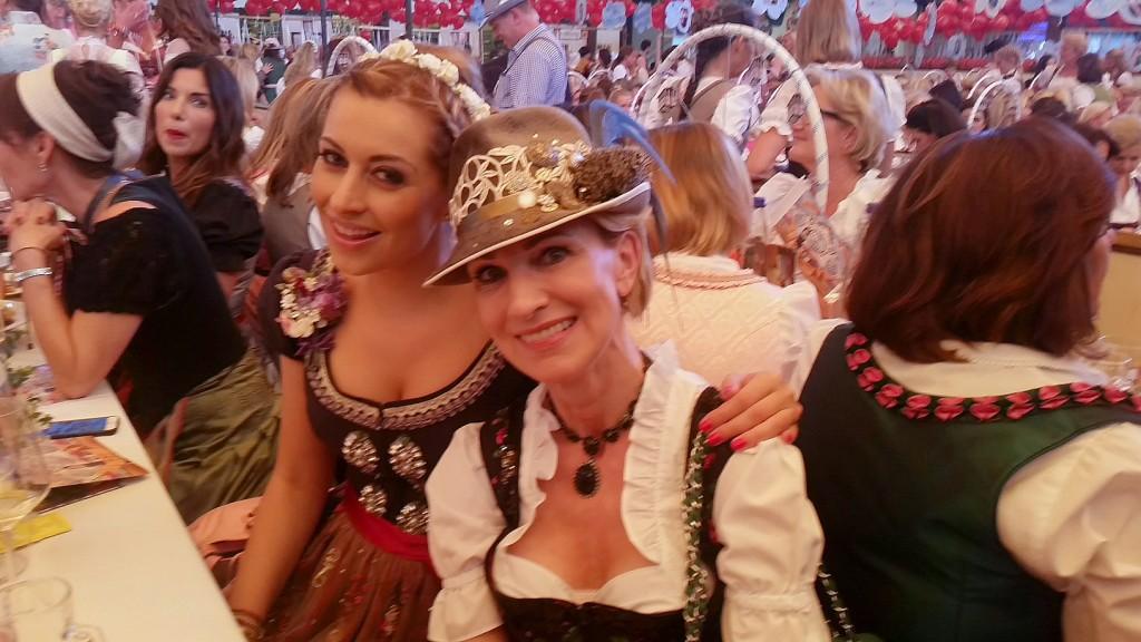 My_Stylery_Damenwiesn2015_Regine_Sixt_Oktoberfest2015 (24)