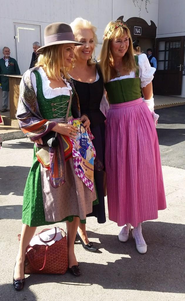 My_Stylery_Damenwiesn2015_Regine_Sixt_Oktoberfest2015 (3)