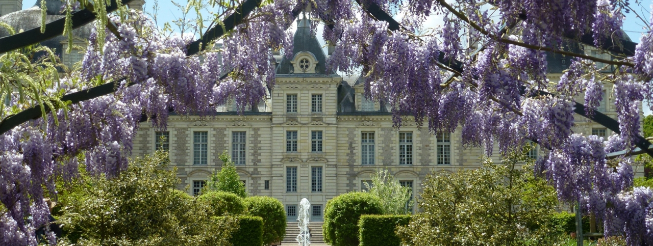 ch teau de cheverny a dream castle in the loire valley my stylery. Black Bedroom Furniture Sets. Home Design Ideas