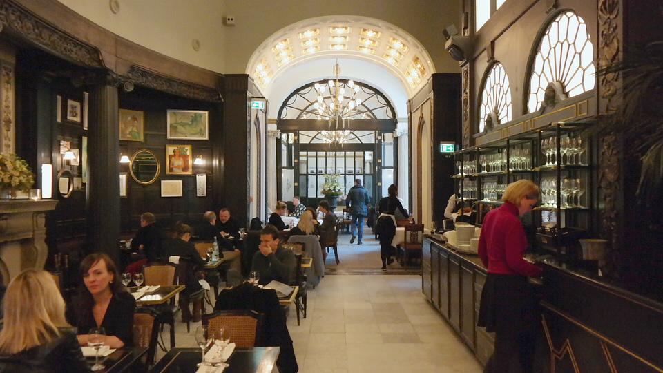 MyStylery_Meet_me_4_Tea_Grosz_Berlin_Vicky Leandros (12)