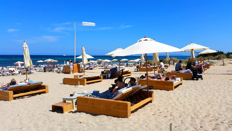 Ibiza Love: Beach Club El Chiringuito