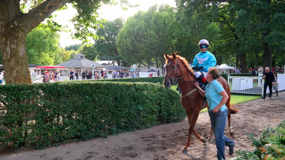 Großer Preis Berlin Pferderennen Hoppegarten MyStylery (31)
