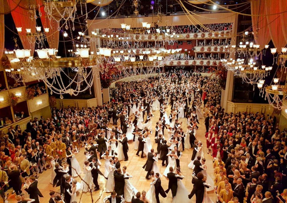 It's all about waltz: The Opera Ball in Vienna