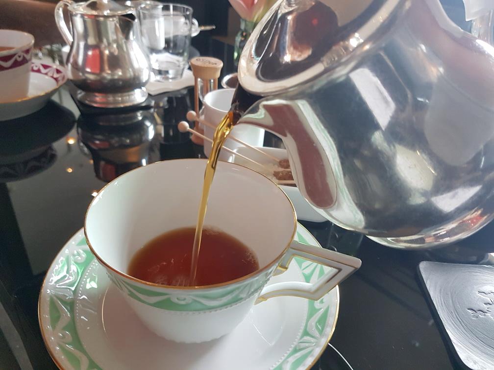 MyStylery_Meet_me_for_tea_Klaus_Wowereit_