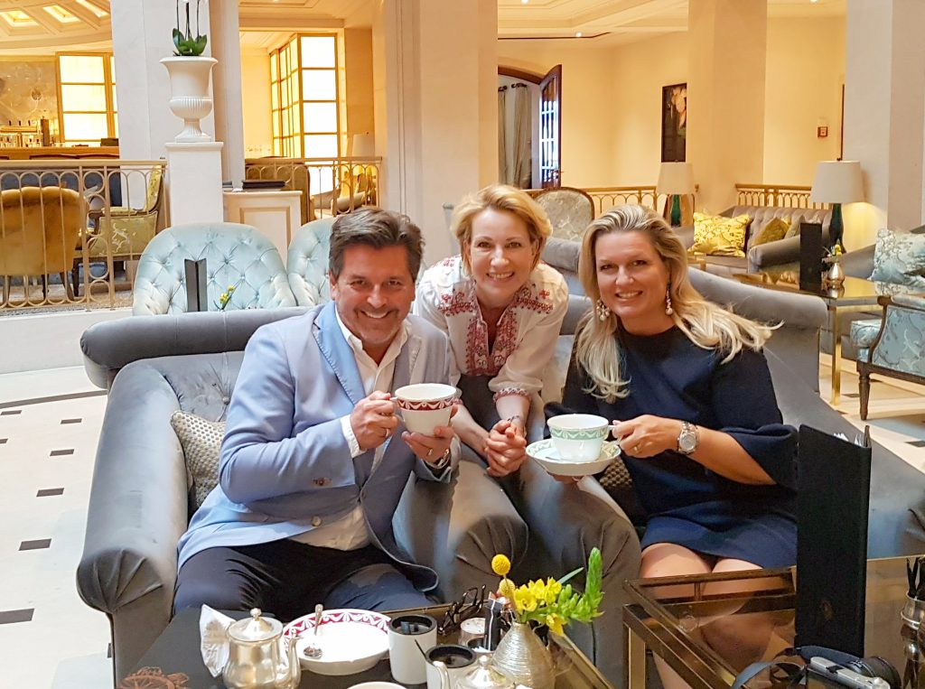 MyStylery_Meet_me_for_Tea_Claudia_und_Thomas-Anders_Interview_5_