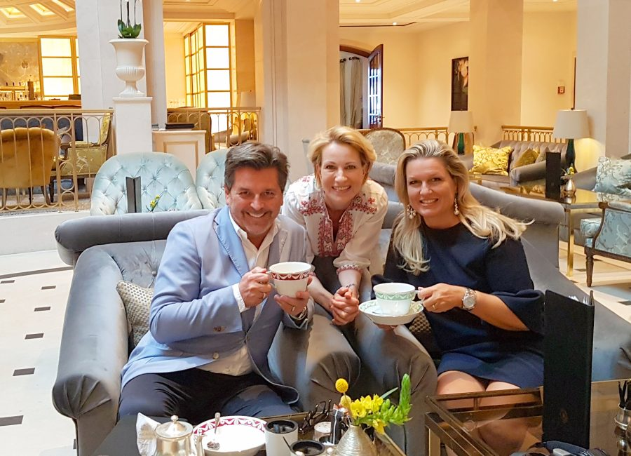 Having a tea with Claudia and Thomas Anders