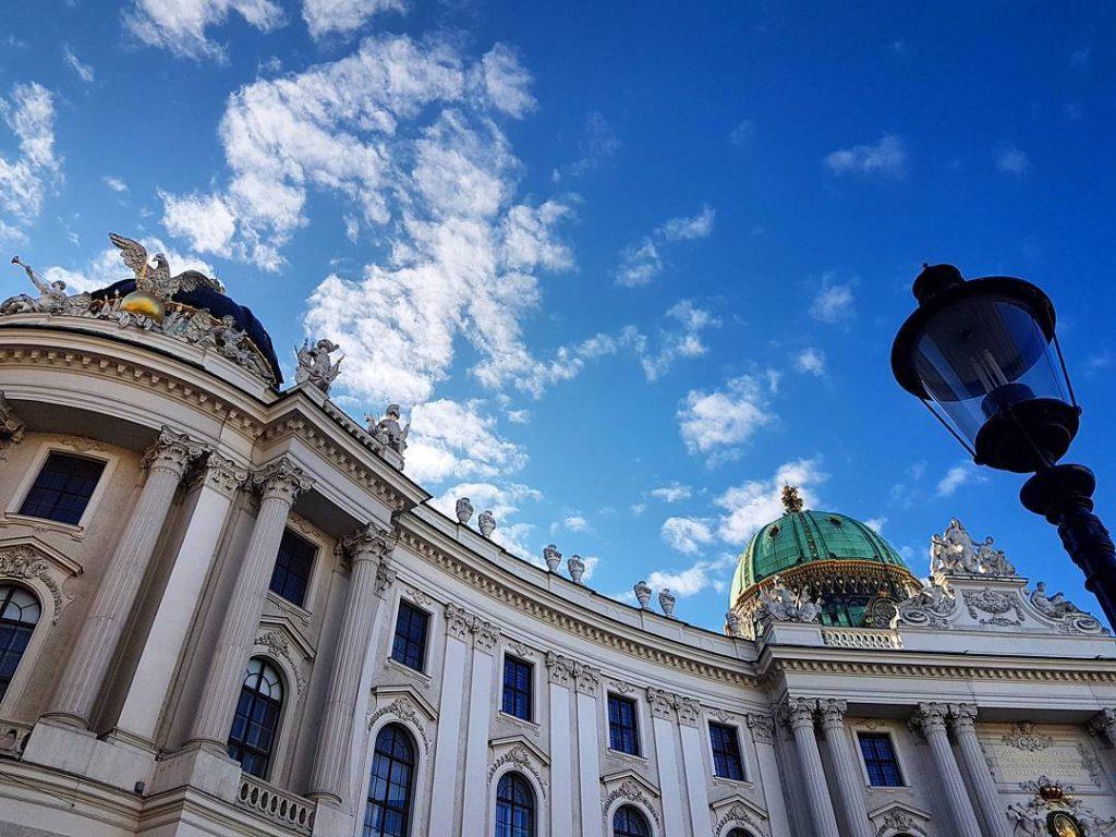 Gr Gott aus Wien!    mystylery mystyleryontour travelinghellip