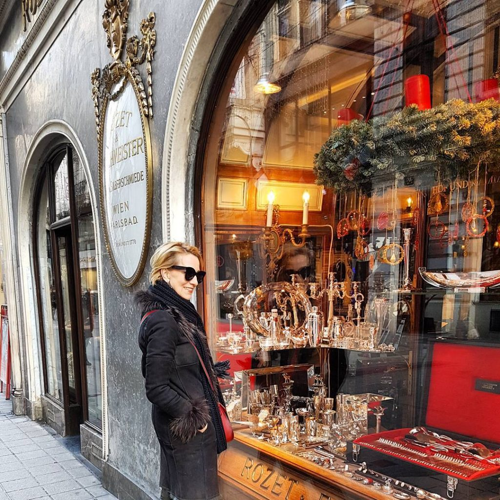 Looking for some Christmas presents in beautiful Vienna Shoppen imhellip