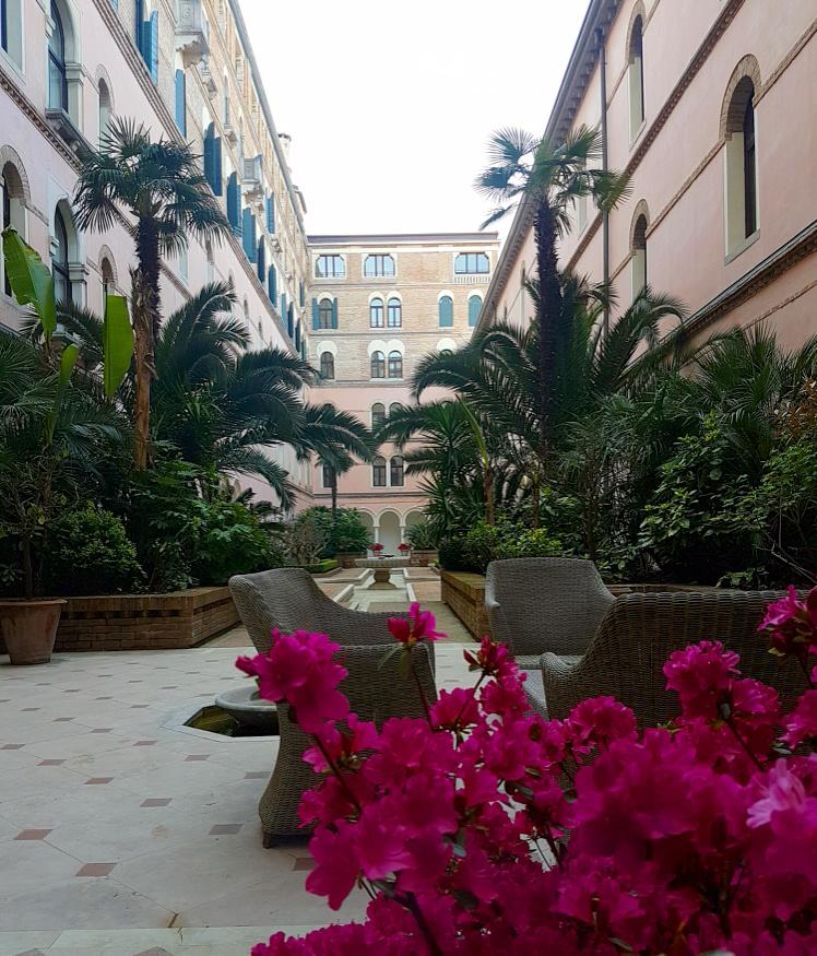 MS_Mystylery_Lido_di_Venezia_Reise-Travel_34_