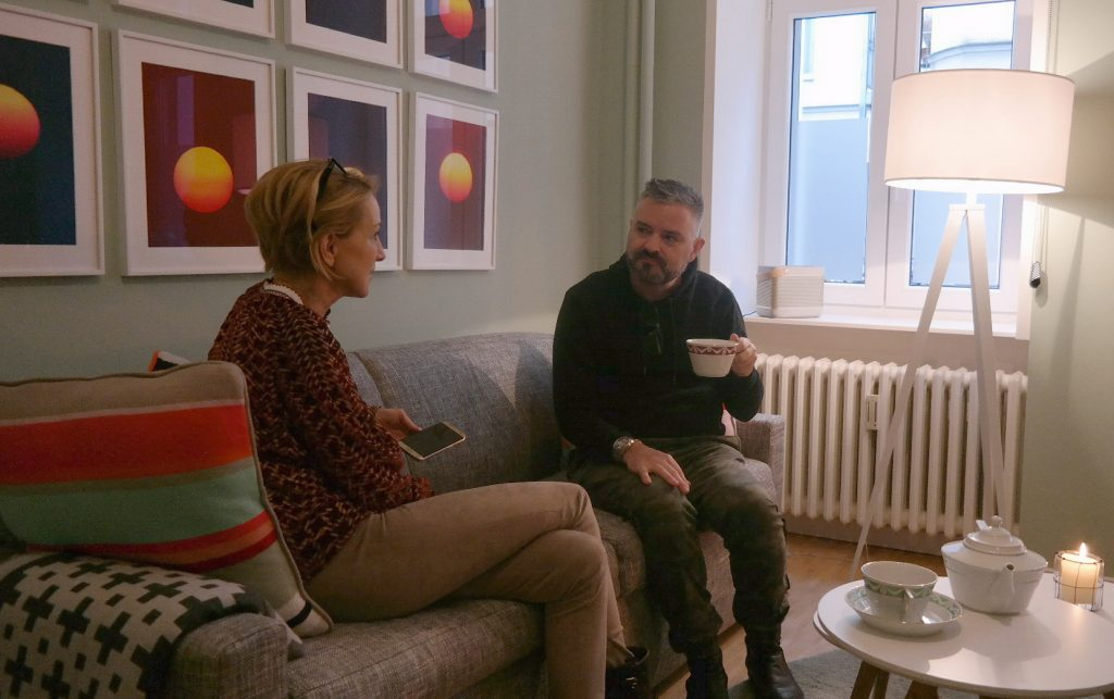 Mystylery_Meet_me_for_tea_Talbot_Runhof_Interview_6_