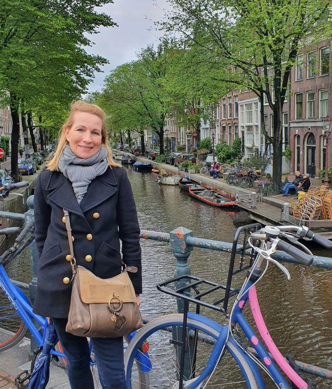 MyStylery auf der Pansemertbrug in Amsterdam