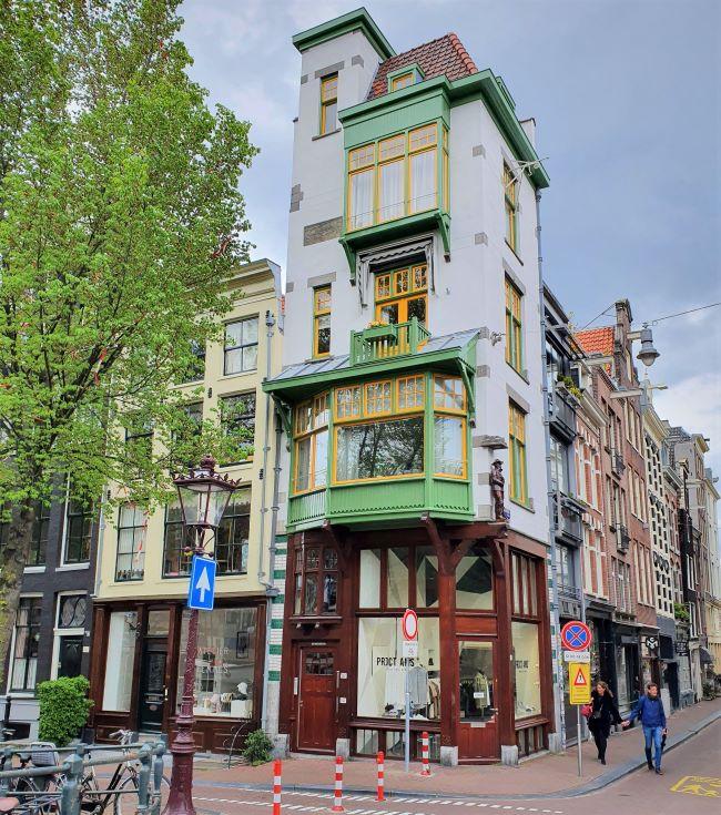 Schmales Stadthaus in Amsterdam